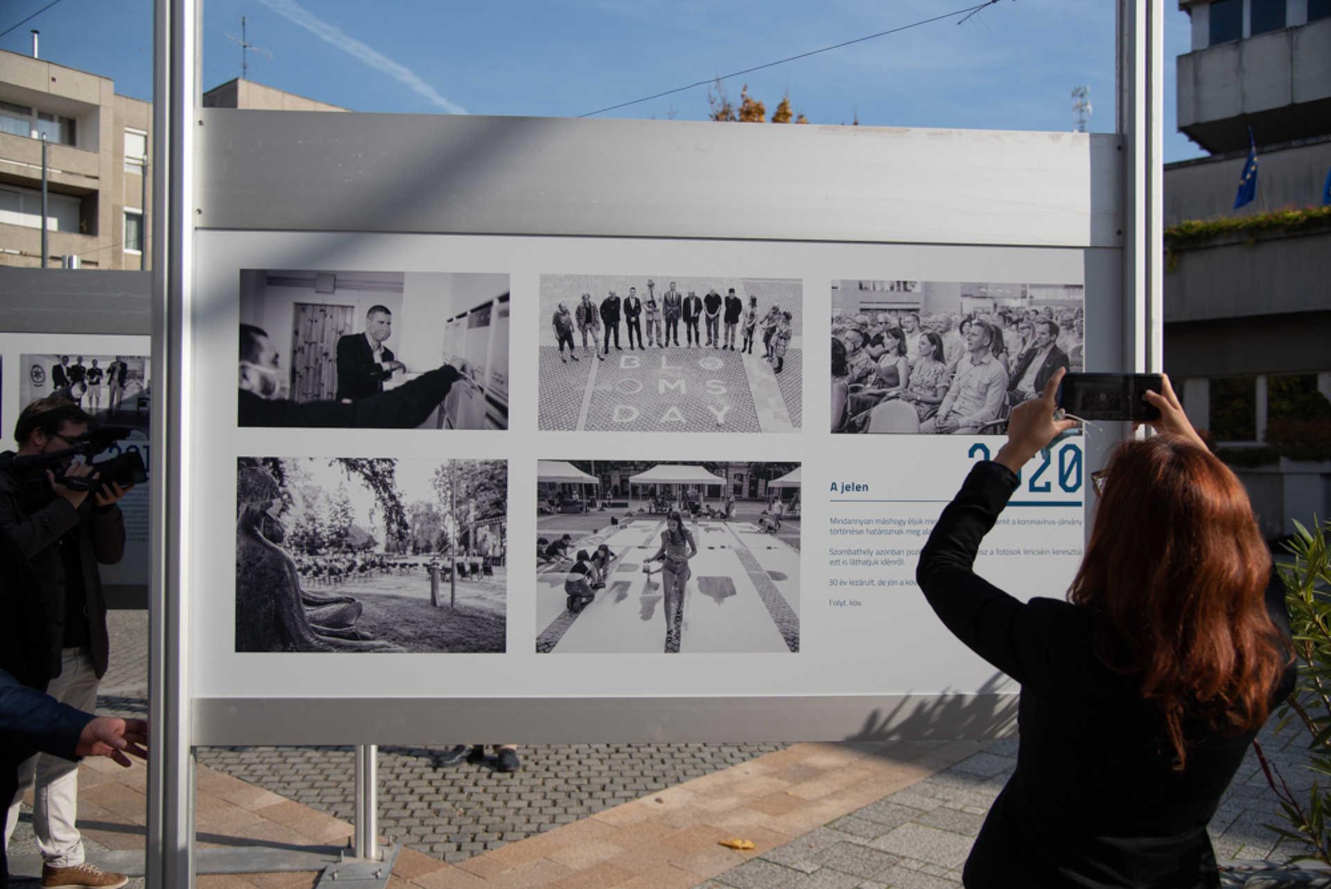 30 év 30 kép kiállításmegnyitó