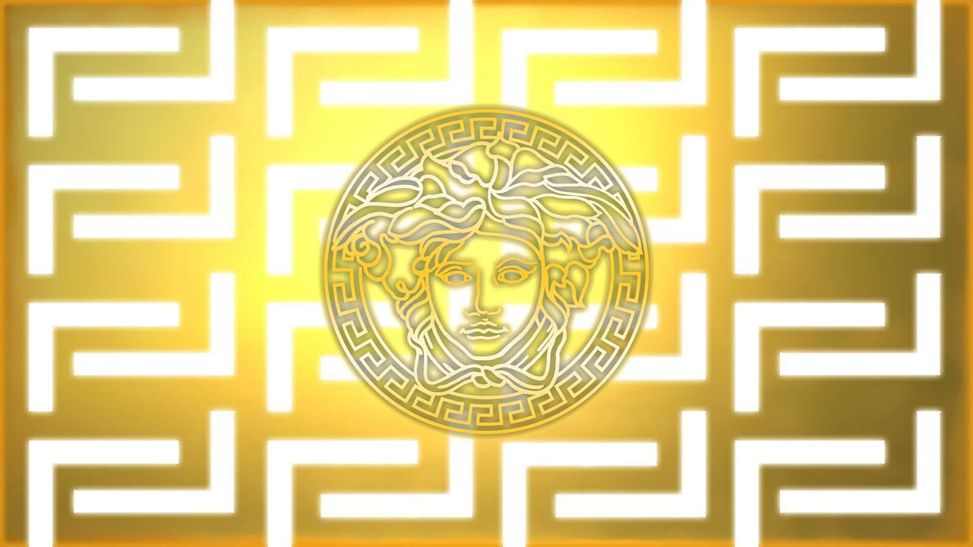 Versace jellegzetes Medusa logojó
