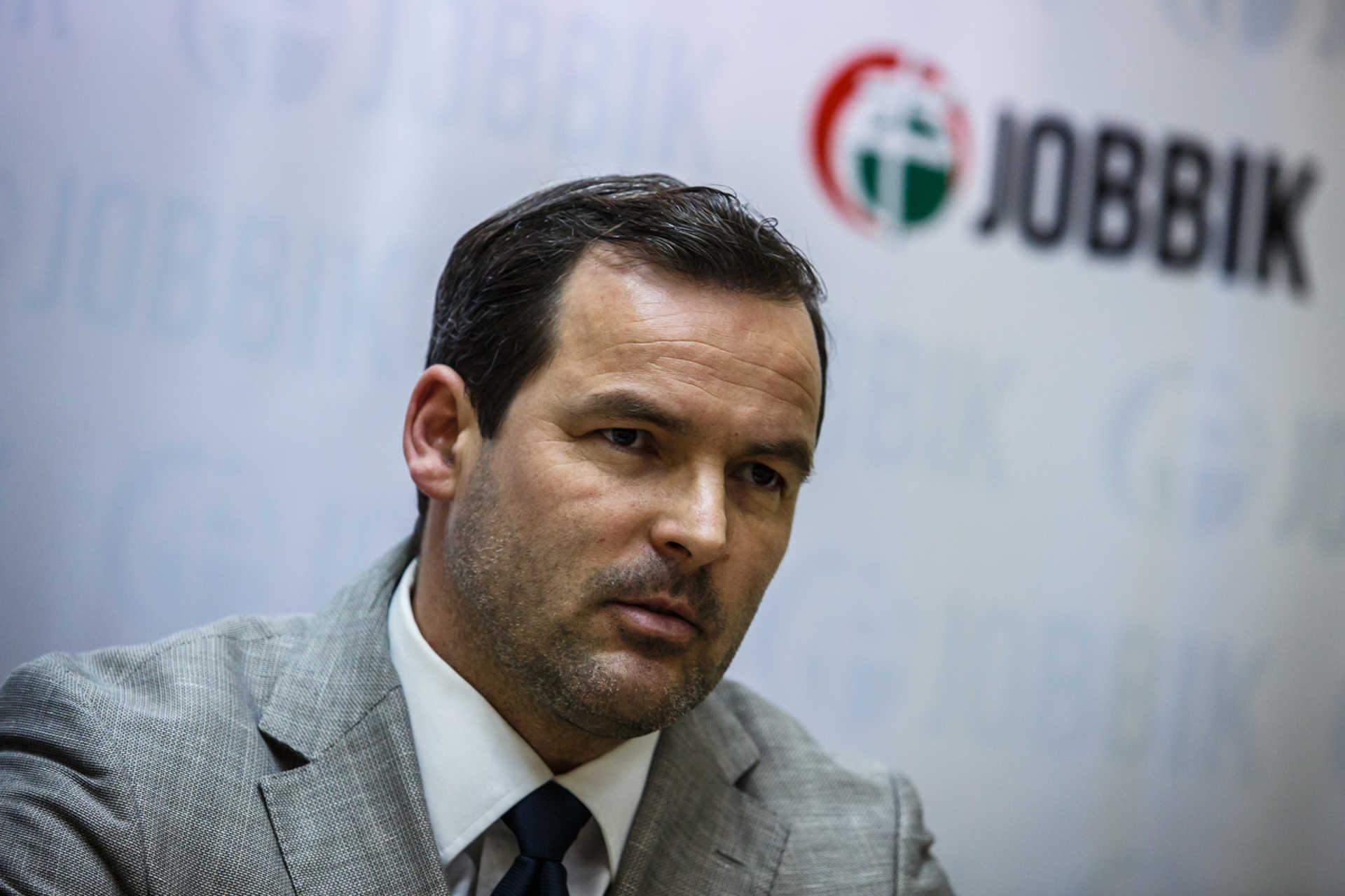 Kampányzáró sajtótájékoztató a Jobbiknál