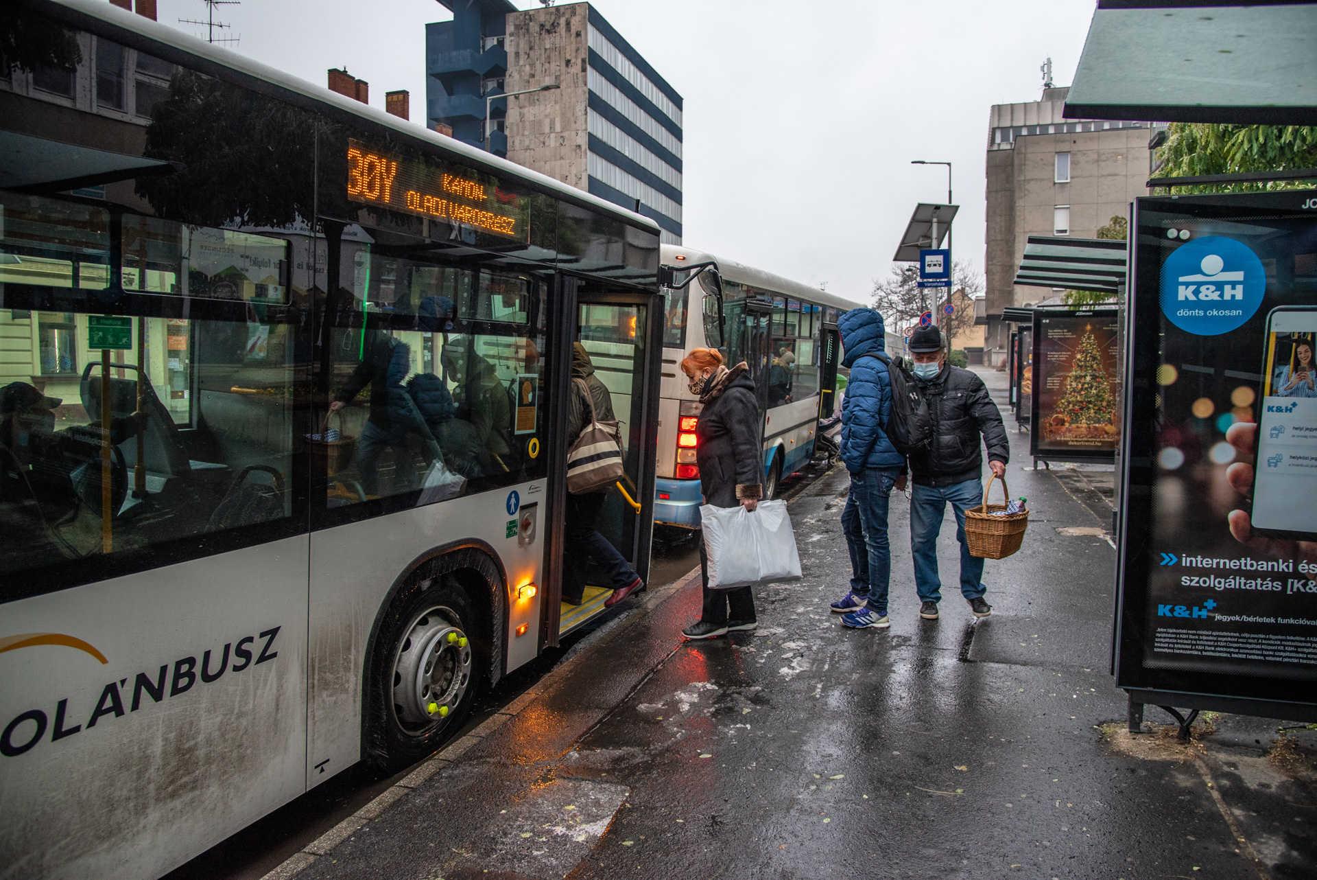 Buszközlekedés, busz, vasi volán, Thököly buszmegálló