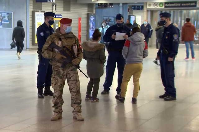 Magyar katonák is segítenek a koronavírus-járvány idején Videókép: Magyar Honvédség