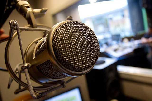 rádió, podcast, mikrofon