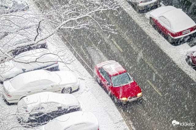 Budapesten esik a hó
