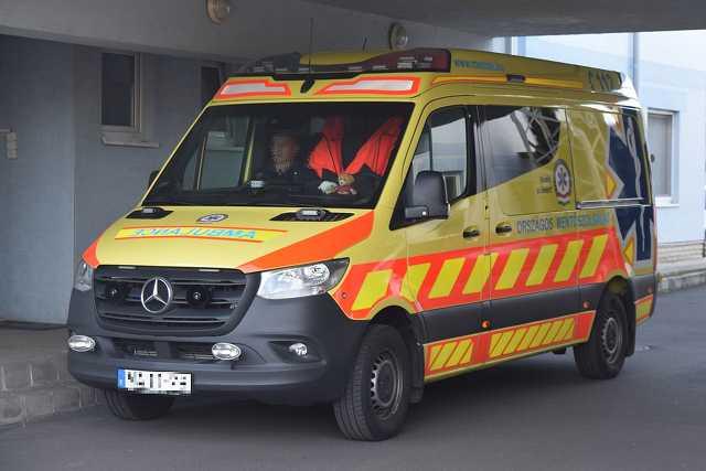 Mentő, mentők, mentőautó, mentőállomás
