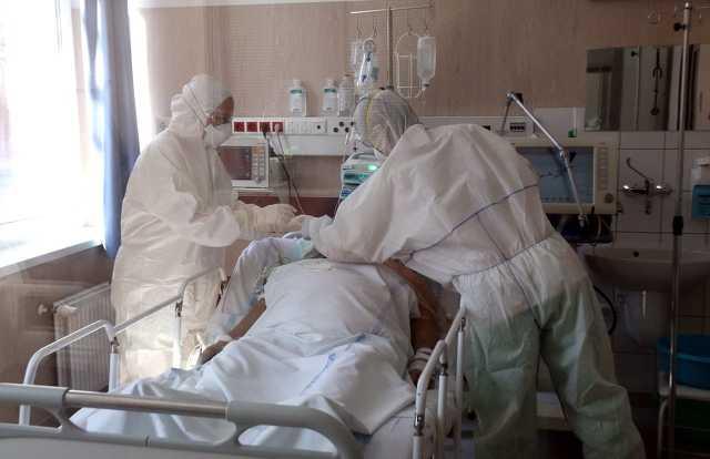 Koronavírus - Járványkórház lett a miskolci Semmelweis Kórház