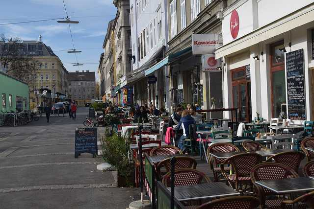 Bécs, terasz, étterem