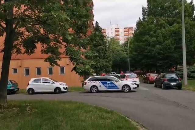 Rendőrök Oldadon, a Kodály Zoltán utcában