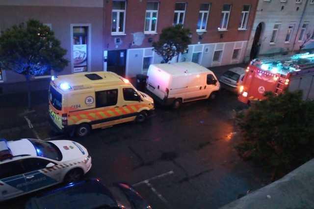 Fenyegetőzés és túszejtés vasárnap este a Szelestey utcában Szombathelyen