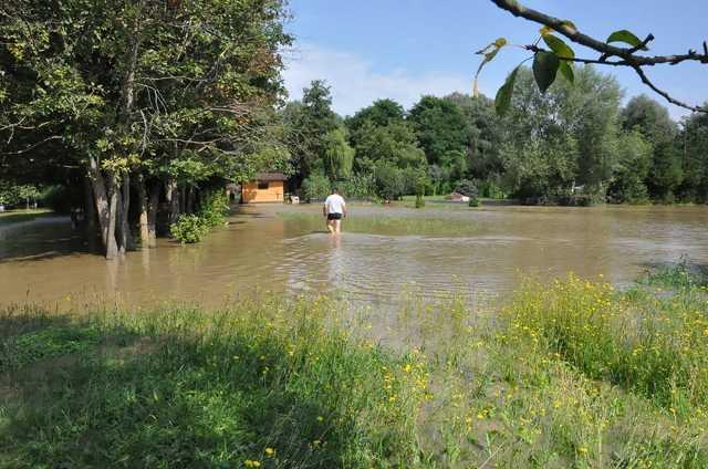 Víz alatt a szentgotthárdi kiskertek