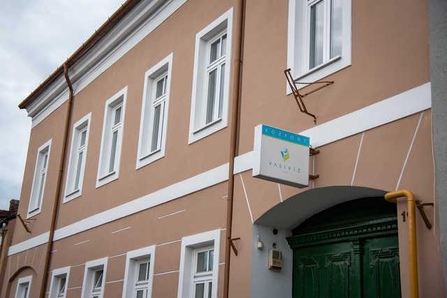 Vasivíz Zrt. Központi Irodaház / Vasivíz központ