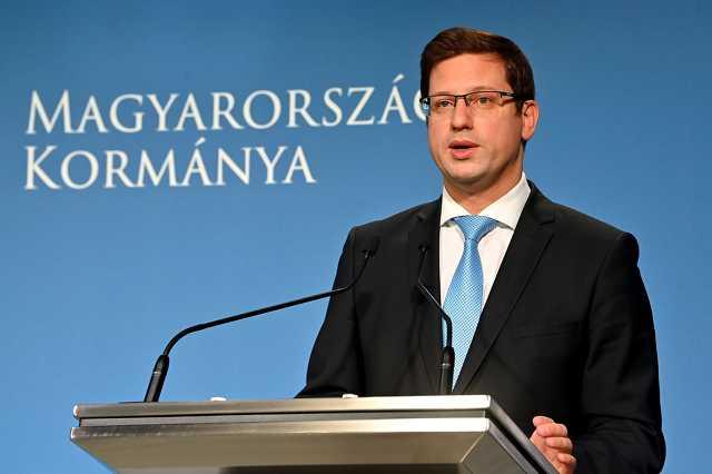 Gulyás Gergely, a Miniszterelnökséget vezető miniszter a Kormányinfón