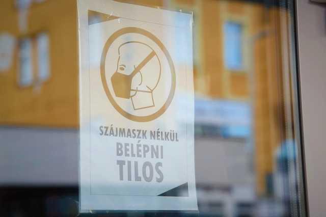 Maszk nélkül belépni tilos