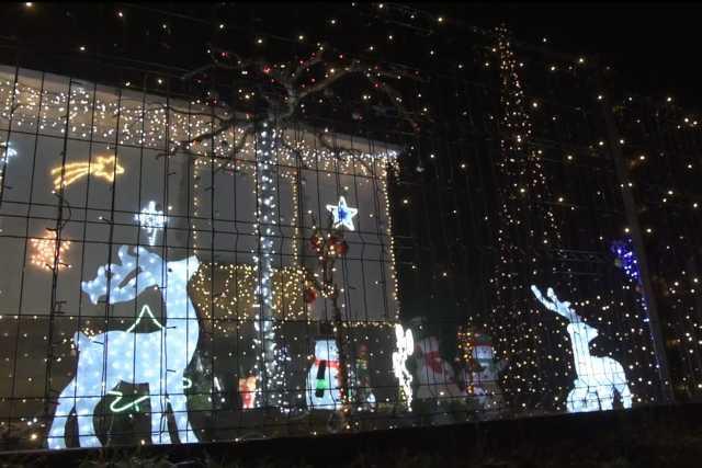 Toronyi karácsonyi ház
