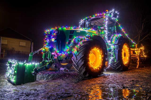 Nárai traktor