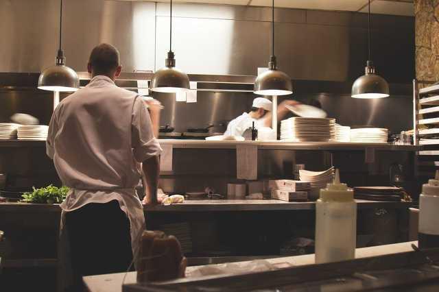 Étterem, konyha, főzés