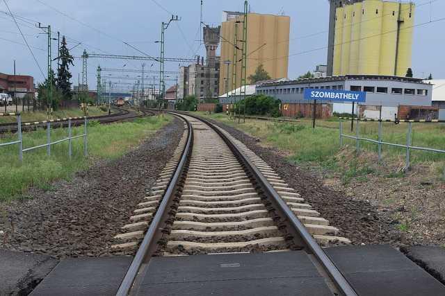 Vasút, állomás, sínek