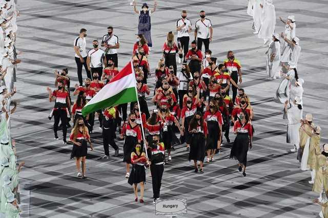Magyar csapat bevonulása Tokióban