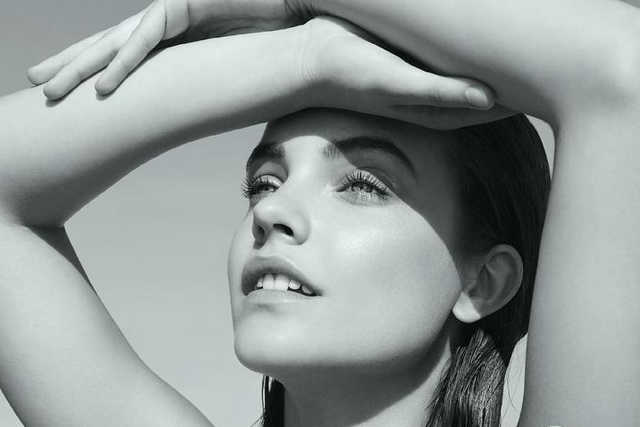 Palvin Barbara az Armani reklámban