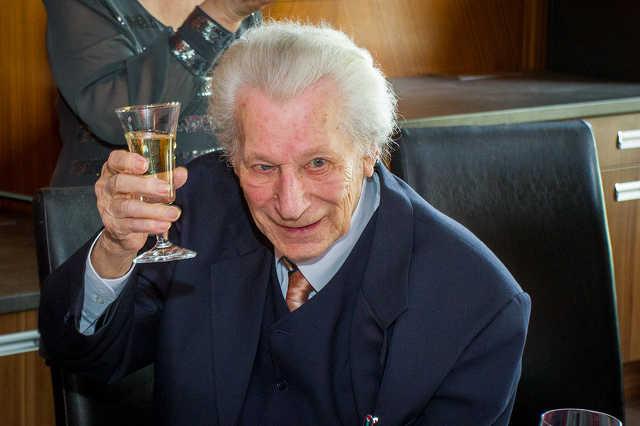 Csonka Ernő festőművész köszöntése 95. születésnapja alkalmából