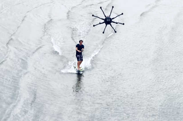 Drónszörfözés