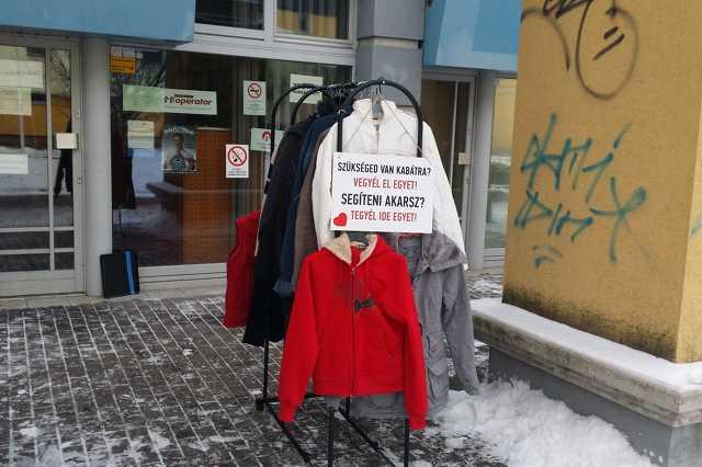 Elvihető kabátok Szombathelyen