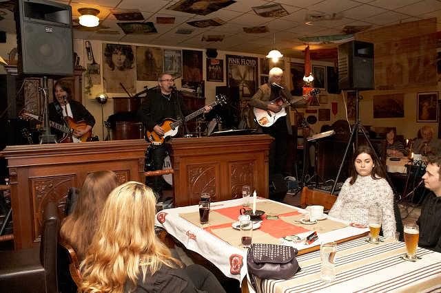 LiverPaul zenekar Beatles dalokkal