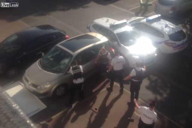 Lelőttek egy férfit a francia rendőrök