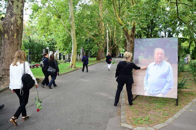 Makk Károly temetése