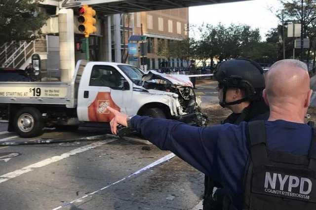 Tömegbe hajtott egy furgon New Yorkban