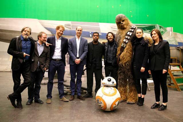 Harry és Vilmos herceg a Star Wars szereplőivel
