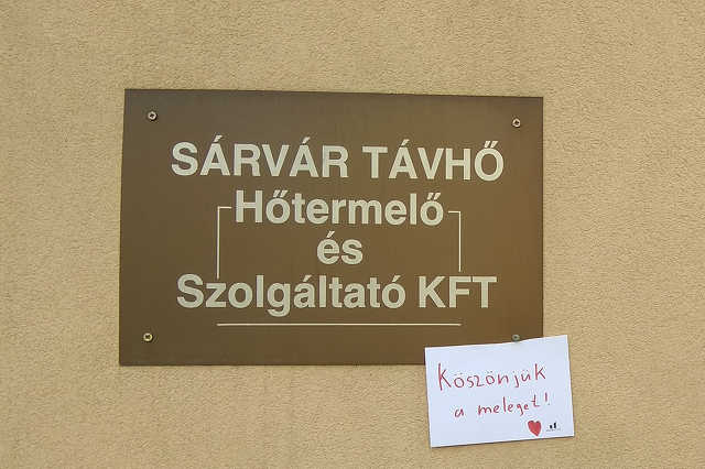 Pozitív üzeetek árasztották el Sárvárt