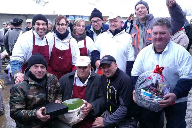 A böllérverseny nyertes vasi tűzoltók