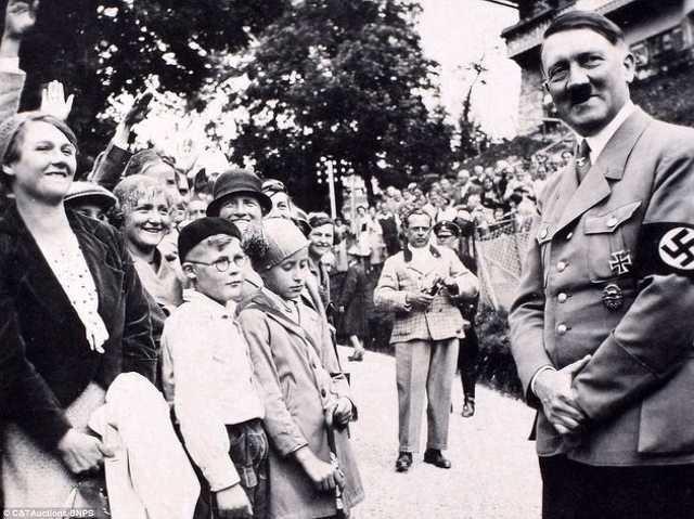 Diktátorok és a gyerekek: Hitler