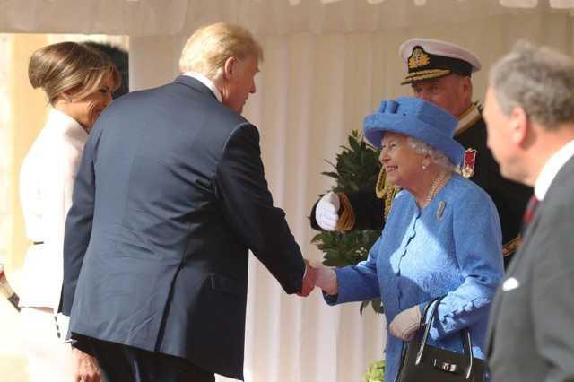 Donald Trump és II. Erzsébet