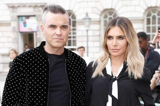 Robbie Williams és felesége Ayda
