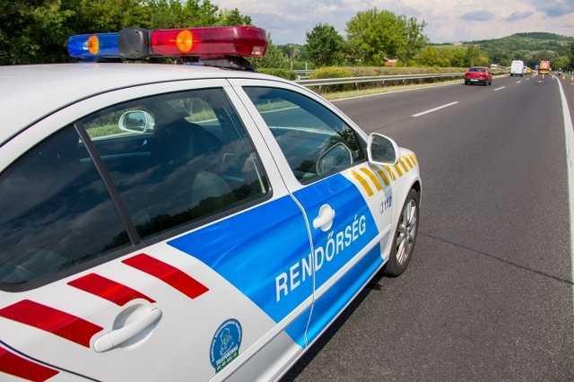 Rendőrség, rendőrautó, közlekedés