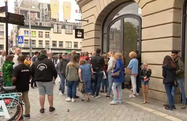 Felrobbant iPad Amszterdamban