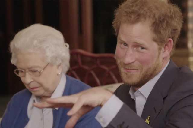 II. Erzsébet királynő és Harry herceg