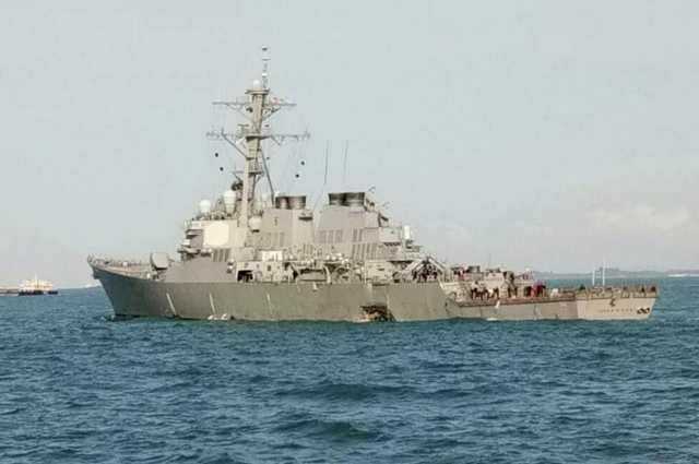 Orosz hajók támadnak az ukrán haditengerészet hajóira