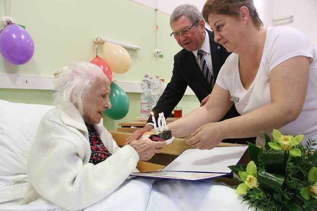 Ő a 105 éves Joli néni, Szombathely legidősebb hölgye