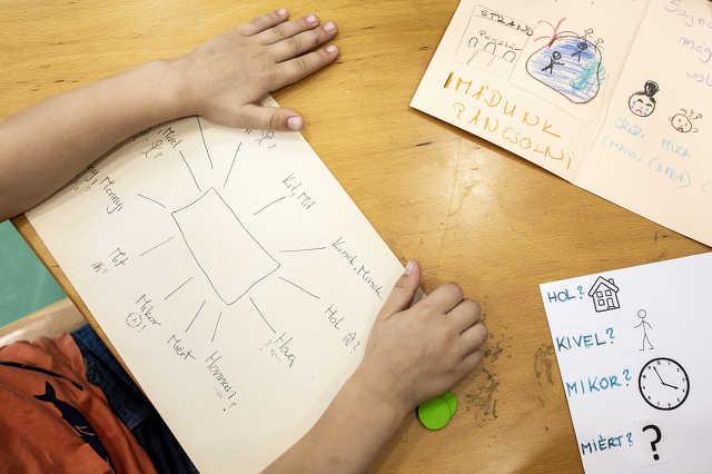 Autista gyerekek terápián