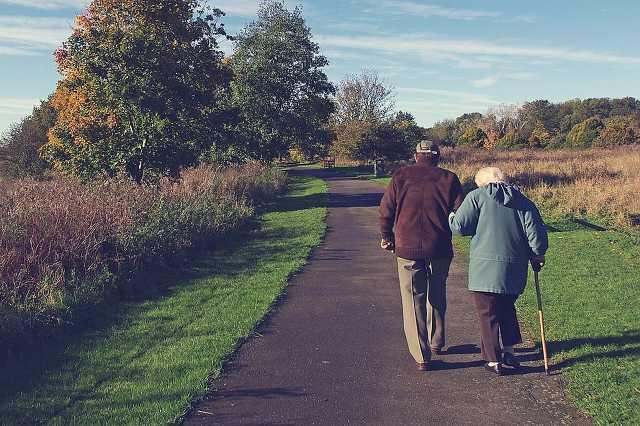 Nyugdíjasok, öregek