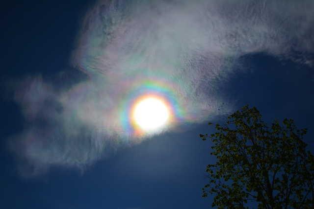 Napkoszorú és irizáló felhők Kőszeg felett