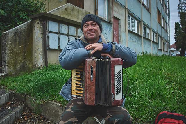 Burai Sándor utcazenész