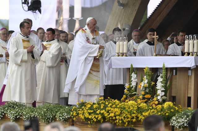 Pápalátogatás Romániában