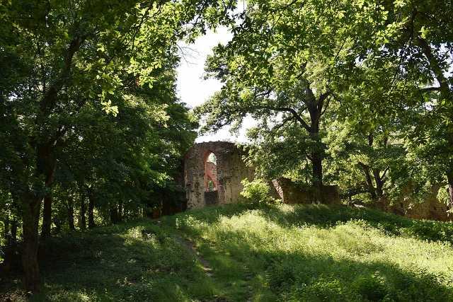 Folly Arborétum és a Salföldo Pálos kolostor