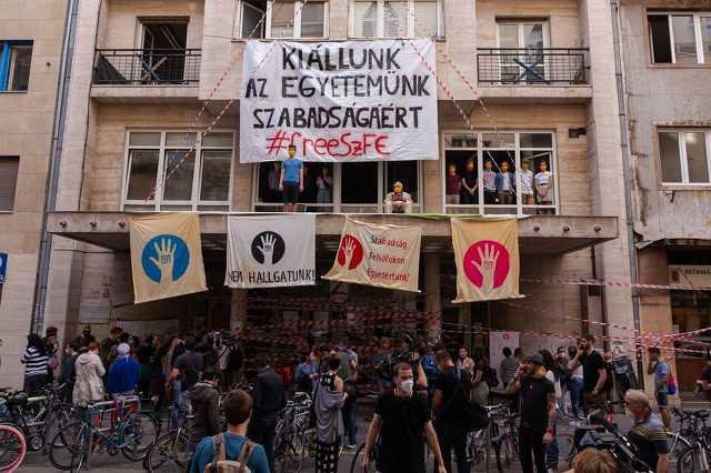 SZFE tüntetés