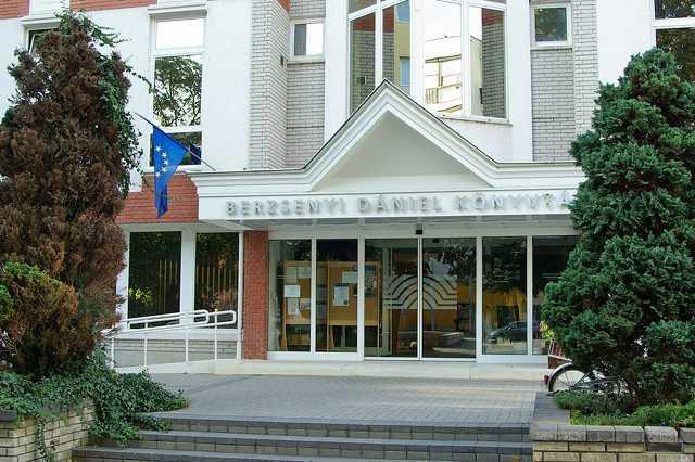60 éves a megyei könyvtár