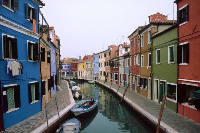 Bruano sziget, Velence, Olaszország