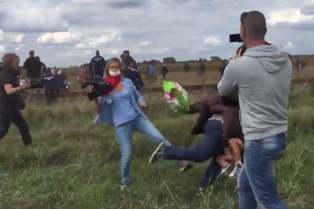 László Petra, a menekülteket felrugdosó szélsőjobber operatőr